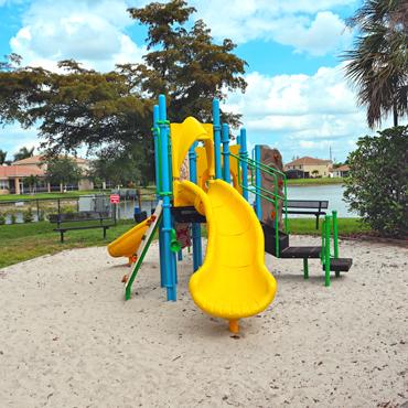 playground1-1
